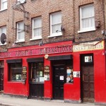 The Queens Head ( Charlie Wrights) Pitfield St 2